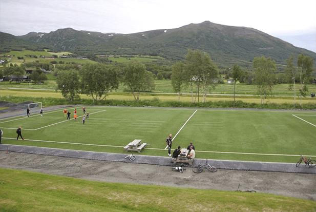 nurteks-futbol-sahası
